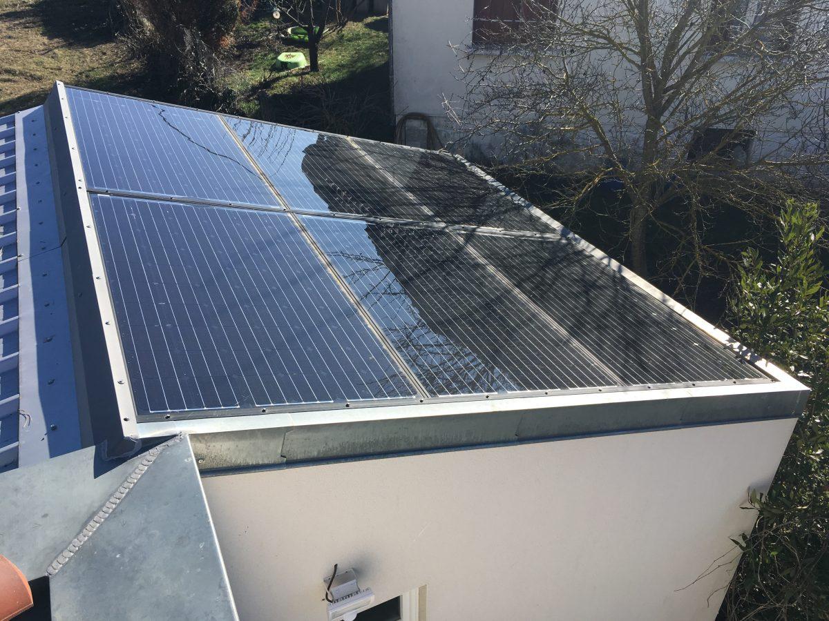Pannaeaux photovoltaïques maison autonome